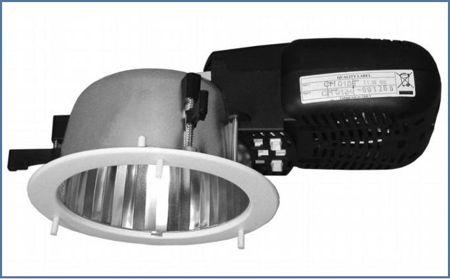Полностью пластиковый встраиваемый светильник направленного света SPMAK