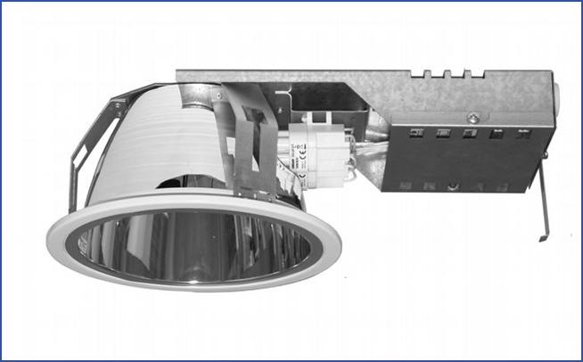 Металлический встраиваемый светильник направленного света SPMB