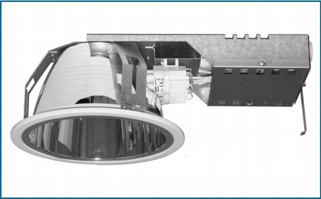 Металлический встраиваемый светильник направленного света со стеклянным рассеивателем SPMBS